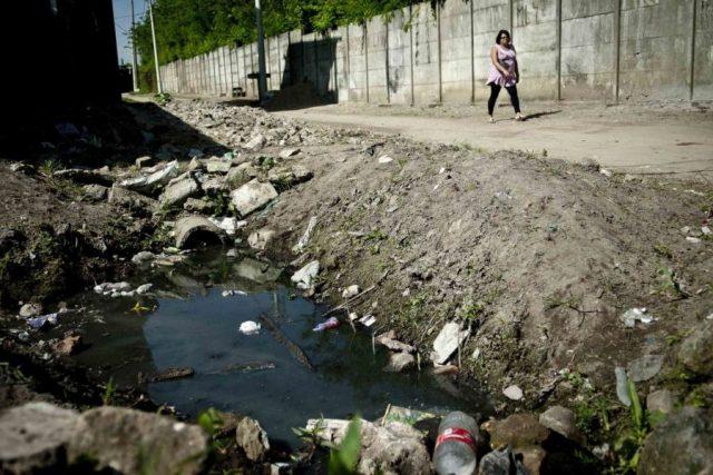 Desigualdade social: uma em cada quatro mulheres não tem acesso a saneamento básico