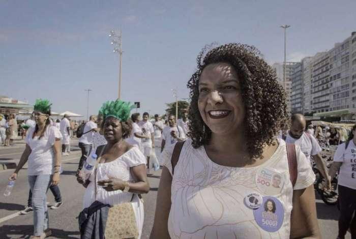 Renata Souza leva adiante as lutas de Marielle Franco
