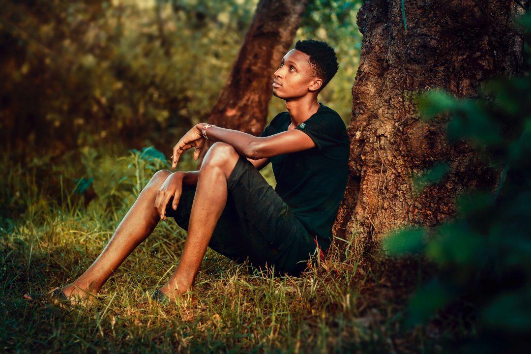 Compaixão e Negritude: Consciência de dor como relação de (Auto)Cuidado
