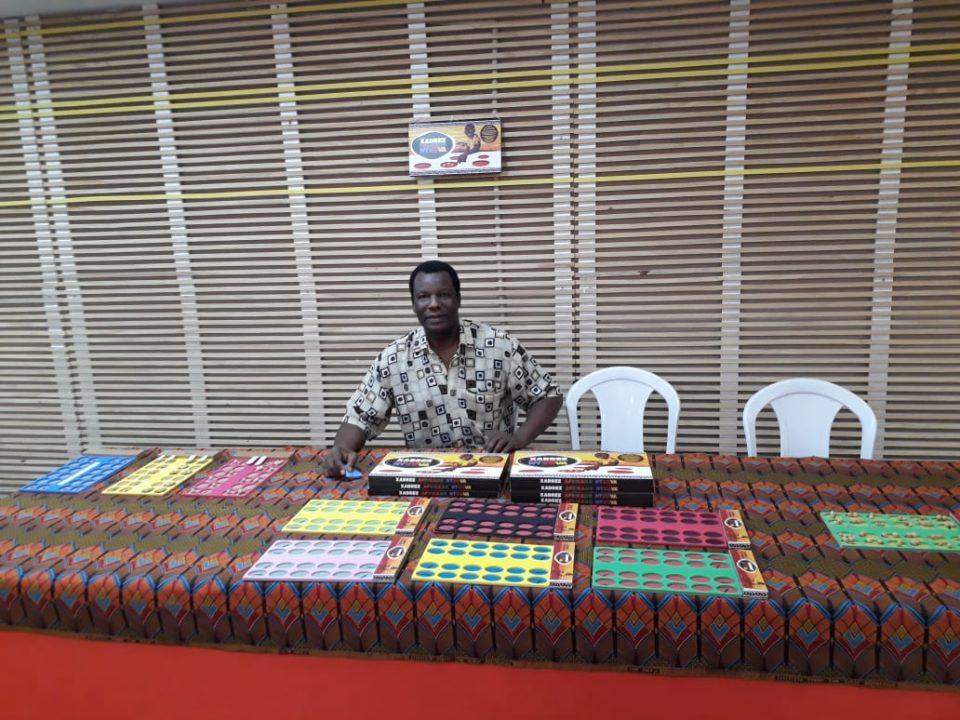 Ntxuva, o xadrez africano, ensina matemática de forma lúdica