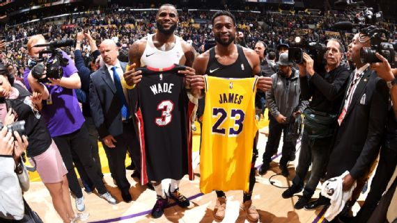 LeBron e Wade trocaram camisas após Lakers x Heat Getty