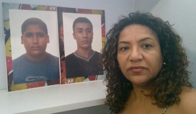 Prisão de major da PM no Rio emociona mães que exigiam justiça por chacina desde 2003