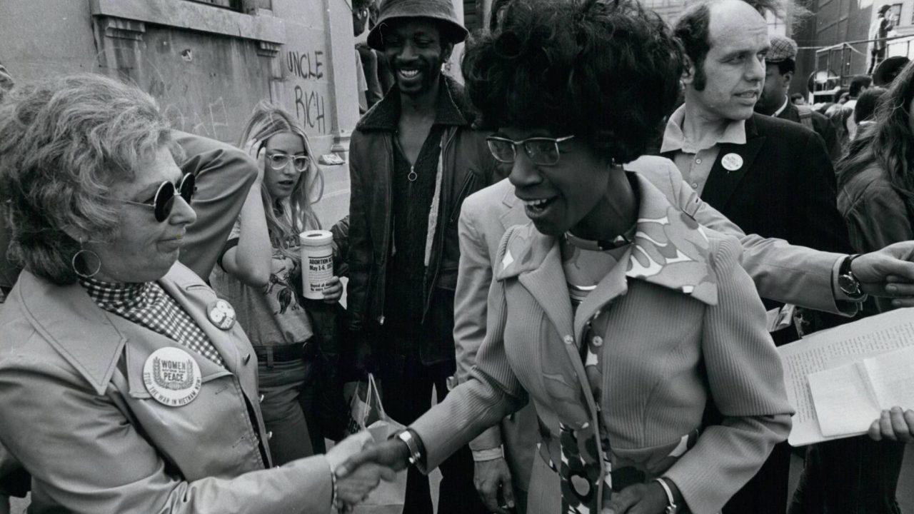 Shirley Chisholm, numa manifestação na Union Square, em Nova York, em maio de 1972. (KEYSTONE PICTURES USA/ZUMAPRESS)