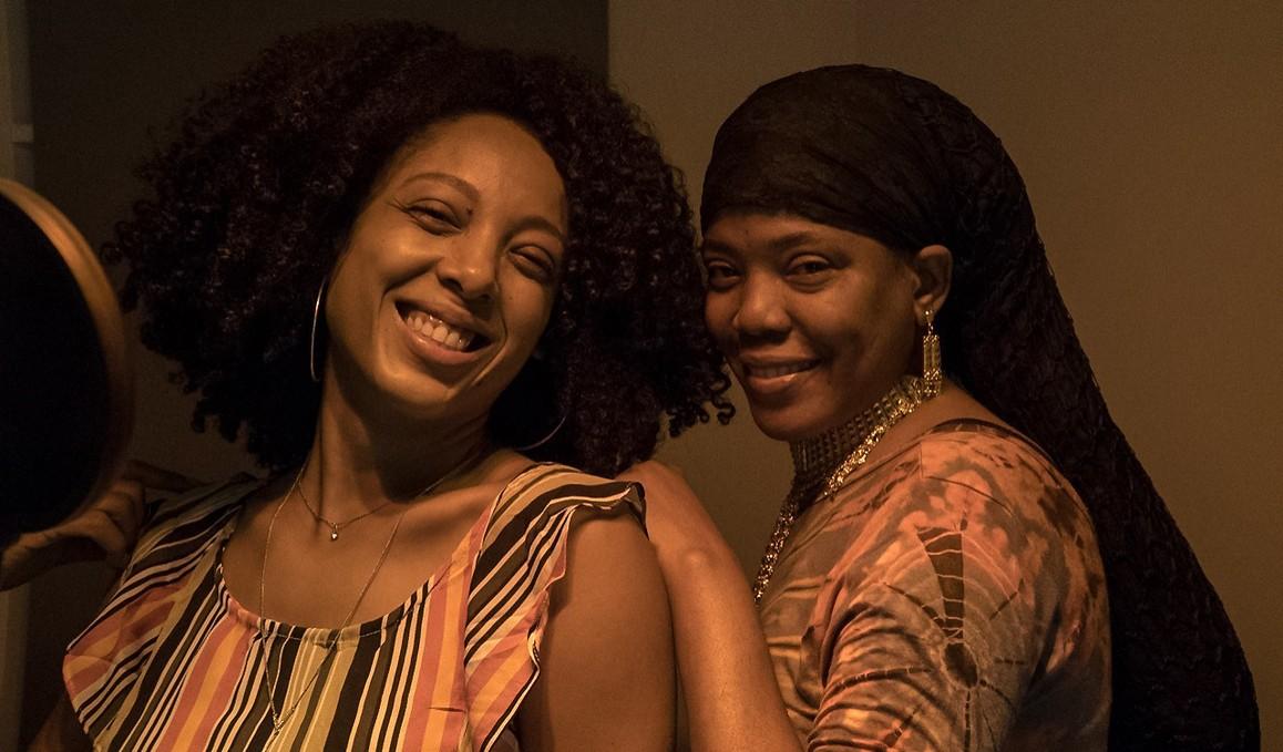 Negra Li grava participação no sexto álbum da cantora caribenha de reggae Dezarie