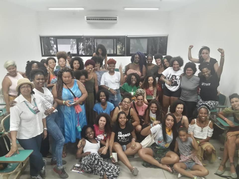 Grupo de mulheres do 4ª edição do Encontro Latino Americano de Feminismos (ELLA).
