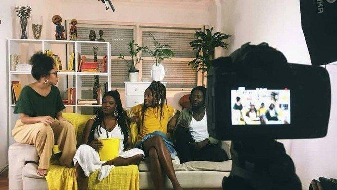 Apesar de evolução, publicidade ainda reforça estereótipos sobre a população negra, aponta estudo