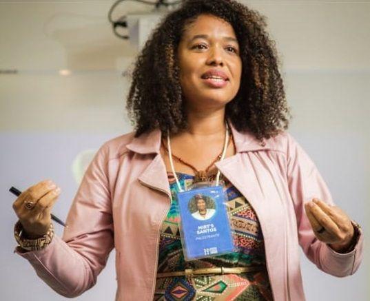 Especialista em Direitos Humanos cria o primeiro clube literário antirracista do Brasil