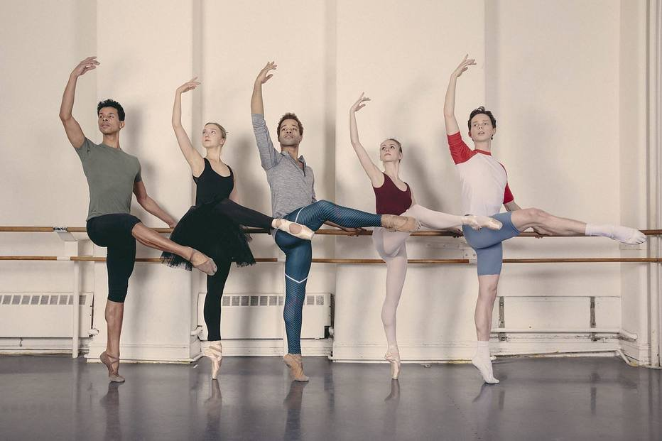 30b4d257ee Companhias de dança questionam papéis de gênero no balé - Geledés