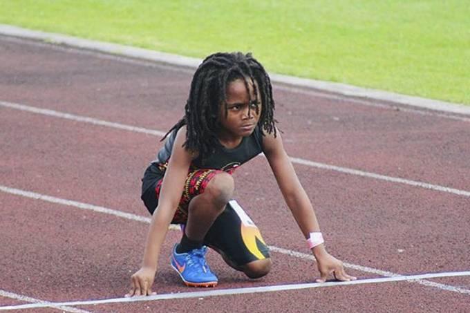 'Mini Usain Bolt': garoto de 7 anos impressiona em provas de velocidade