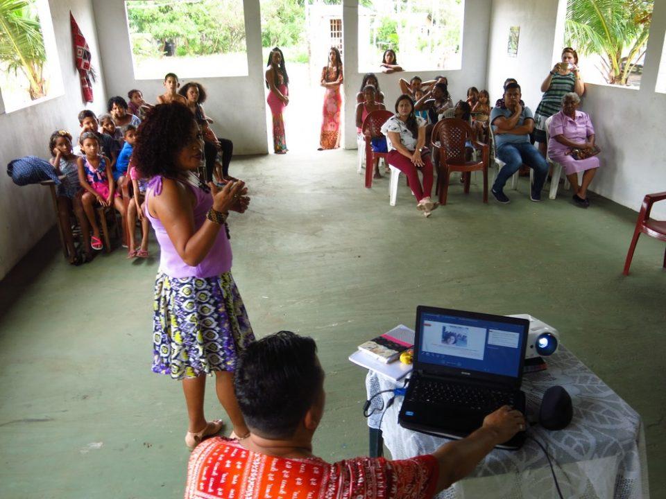 Estudante defende TCC sobre reconhecimento da beleza da mulher negra em quilombo no Pará