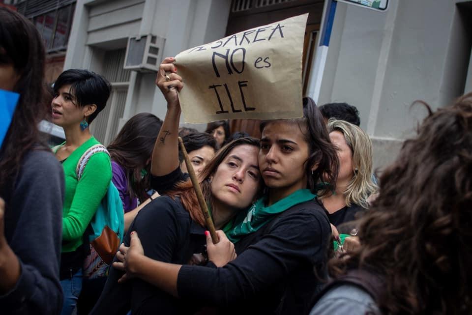 Menina de 11 anos, grávida por estupro, passa por cesárea, em vez de aborto, na Argentina