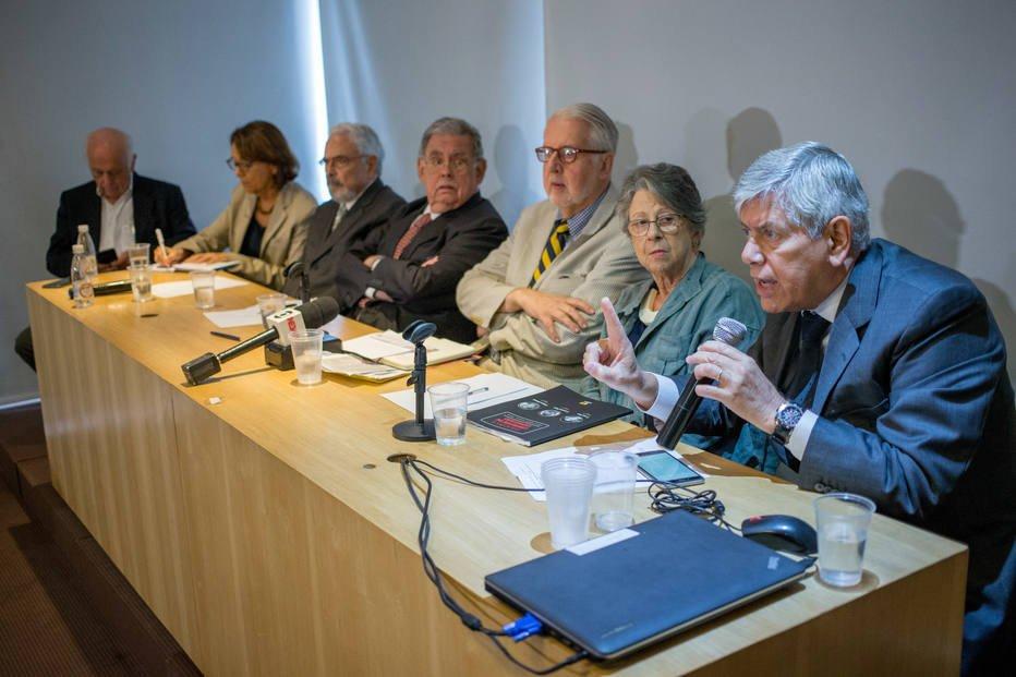 Comissão Arns exige investigação de massacre em favela do Rio