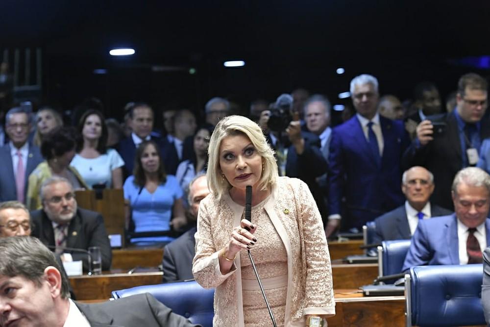 TRE-MT cassa Selma Arruda e suplente por caixa 2 e abuso de poder econômico e determina nova eleição