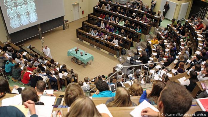 Alemanha anuncia 160 bilhões de euros para universidades e pesquisa