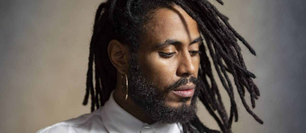 Ícaro Silva: 'Não existe status social que vai te tirar da sua situação de afrodescendente no Brasil'
