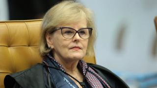 Ministra Rosa Weber, mulher idosa branca de cabelo curto loiro, usando óculos