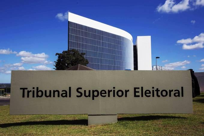 Diretórios regionais são obrigados a apoiar candidaturas femininas, decide TSE