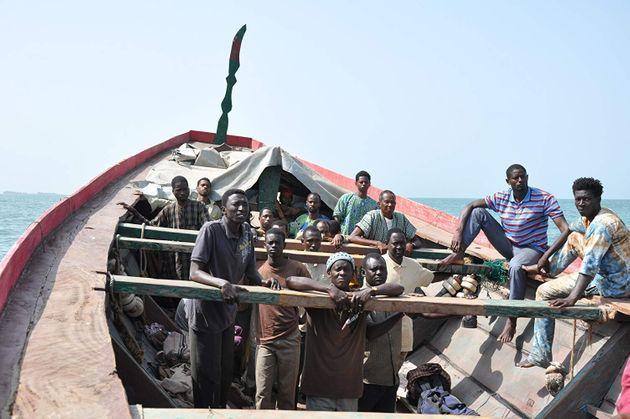 Cena do filme O Barco Da Esperança, do senegalês Moussa Touré.