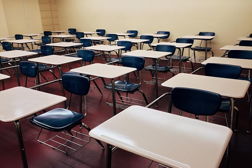 Após vazamento de provas, MEC reformula Encceja e garante o exame