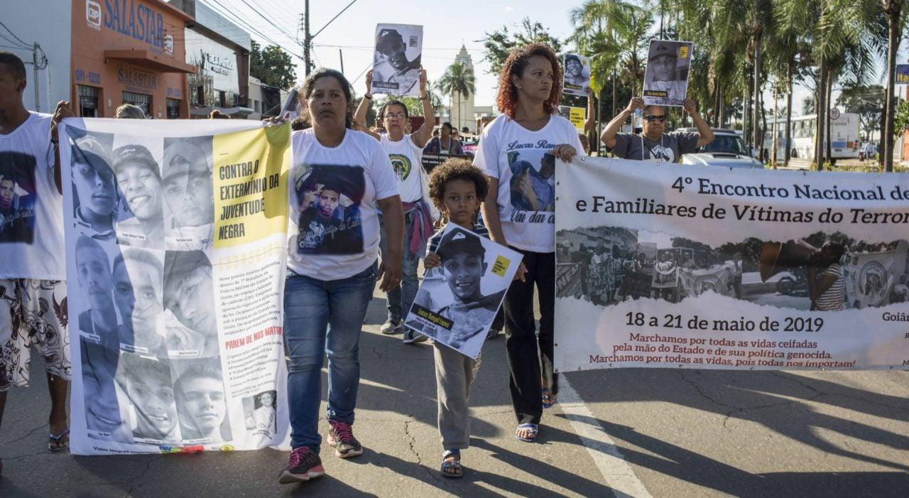 Goiás reconhece responsabilidade na morte de 10 menores carbonizados