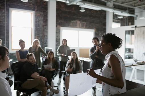 Mulheres são líderes mais eficientes
