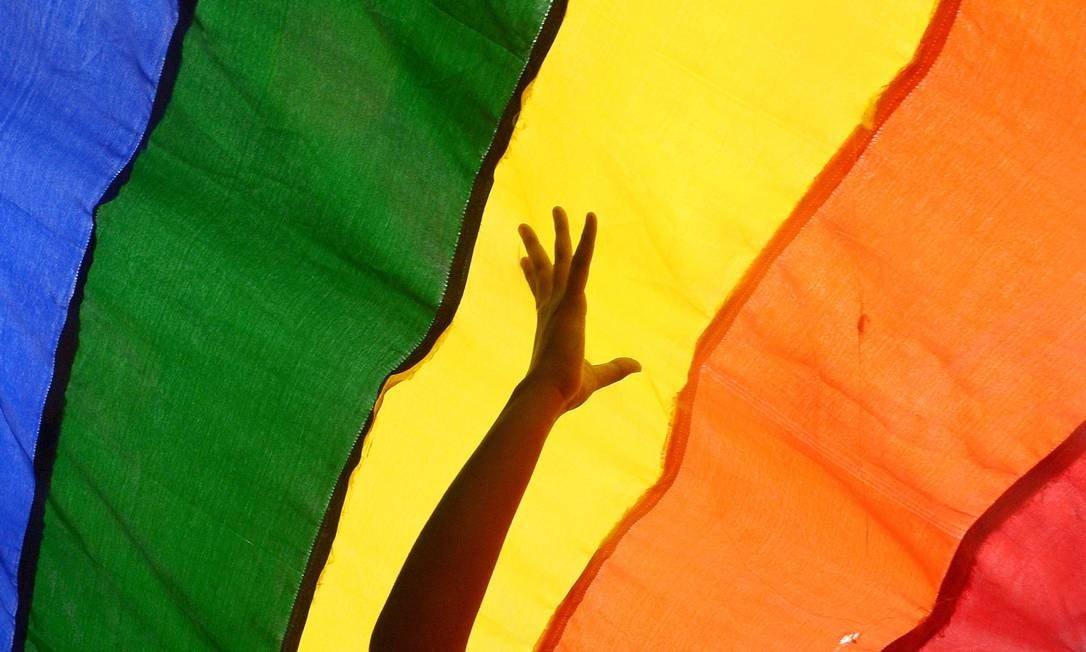Universidade federal lança vestibular específico para transgêneros, travestis e intersexuais