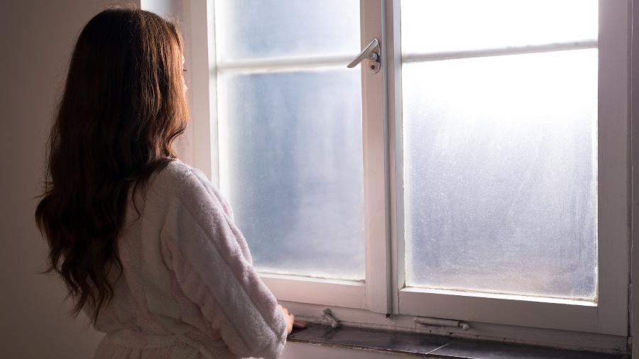 Paciente vai receber R$ 5 mil por danos morais após médicos denunciarem suspeita de aborto. Investigação apontou aborto espontâneo Imagem: Getty Images