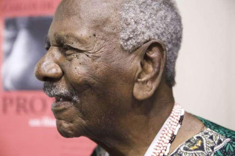 Carlos de Assumpção: poeta simboliza arte contra racismo, há mais de 60 anos (foto: Alberto Pucheu/ Divulgação)
