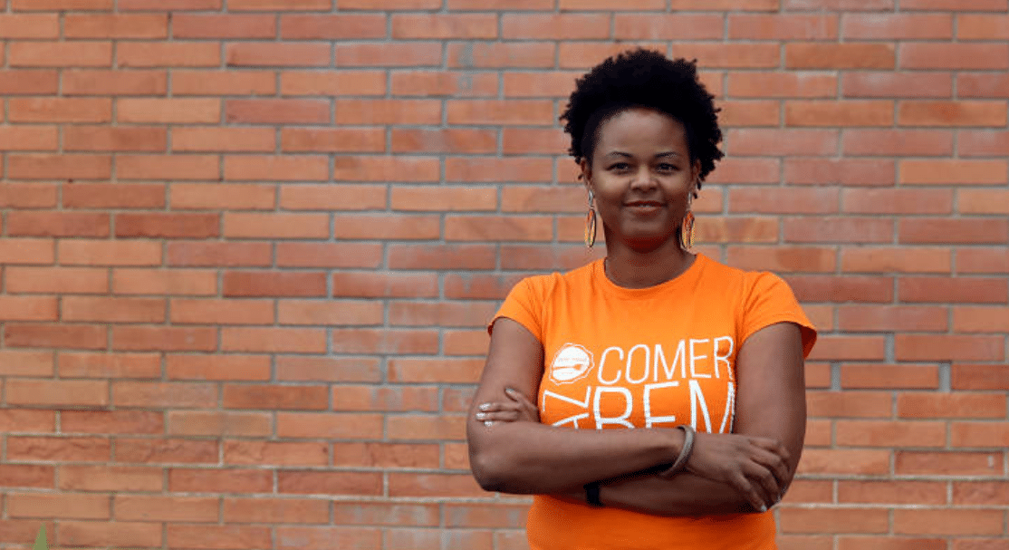 Maíra Luz, 37, empreendoedora e dona da empresa de comida saudável Free Soul Food (Foto: Eliaria Andrade/Folhapress)