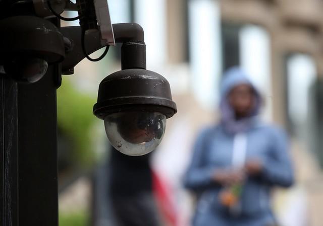 """""""O reconhecimento facial aumenta o encarceramento em massa e penaliza os mais pobres e negros"""", afirma o especialista Pablo Nunes / Justin Sullivan/Getty Images North America/AFP"""