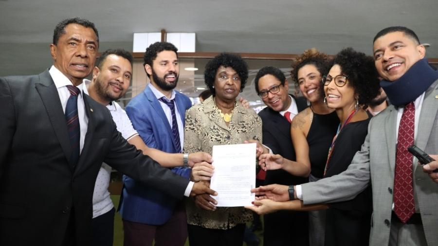 Deputados negros do PSOL, PT, PCdoB, PSB e PDT protocolam PL de enfrentamento ao racismo institucional Imagem: Bruna Menezes/PSOL na Câmara