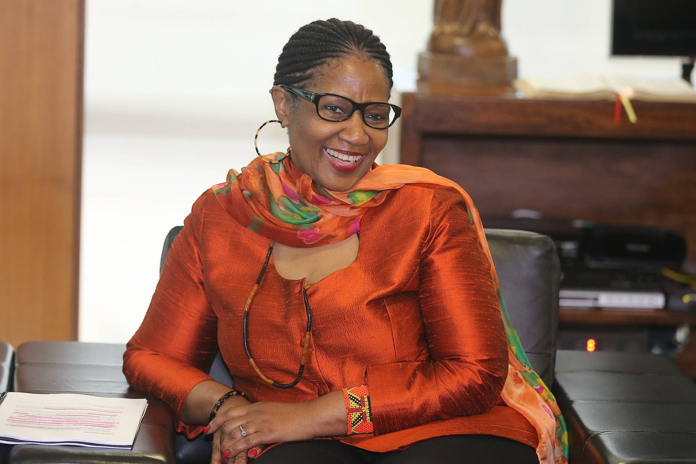 A diretora-executiva da ONU Mulheres Phumzile Mlambo-Ngcuka - Alan Marques - 18.nov.15/Folhapress
