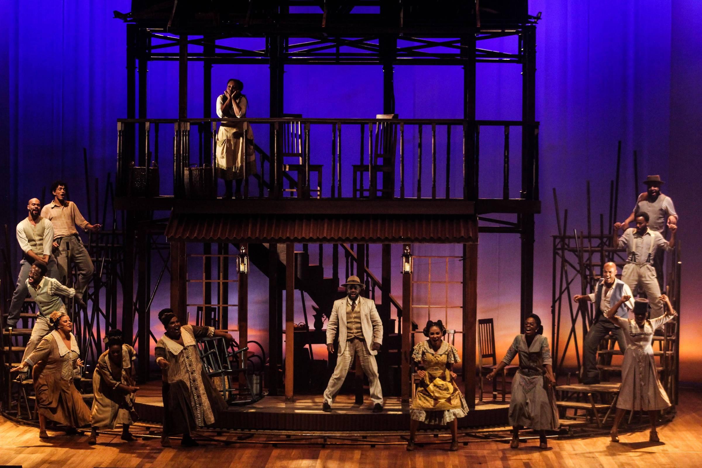 """Cena do musical """"A Cor Púrpura"""" - Rafael Nogueira/Divulgação"""