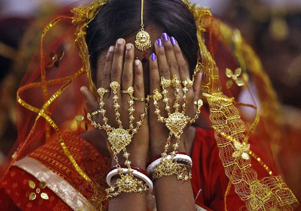 Um estupro é registrado a cada 15 minutos entre mulheres na Índia