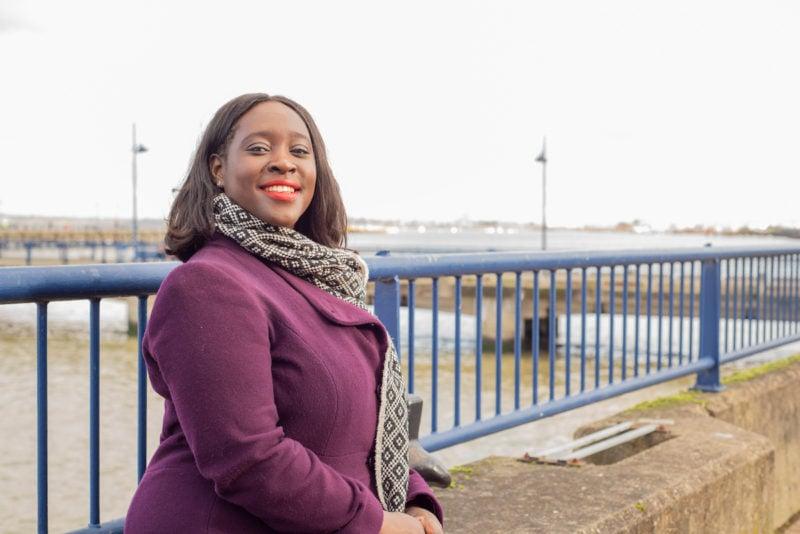 Confundidas com faxineiras, deputadas negras britânicas denunciam racismo