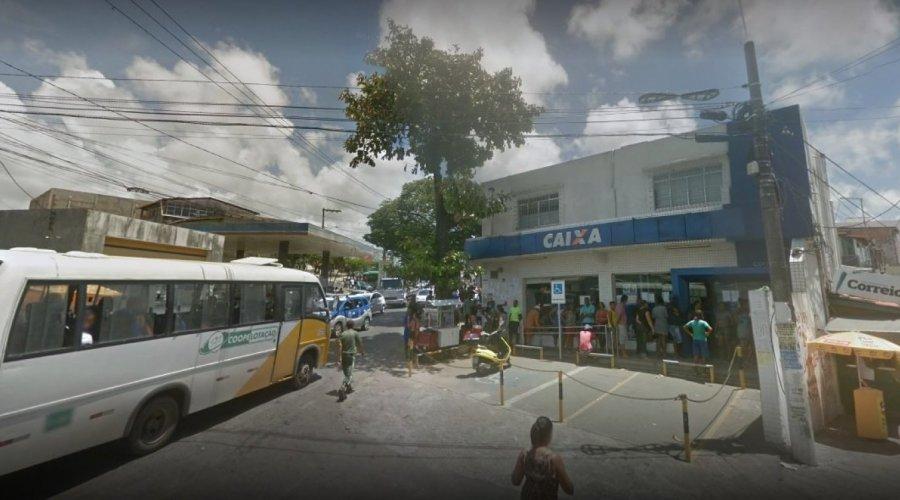 DPU apura denúncia de racismo em agência da Caixa Econômica em Lauro de Freitas