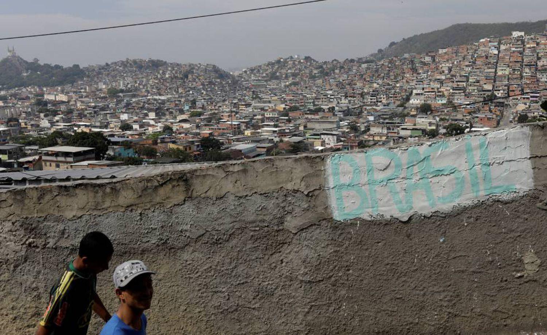 Imagem da comunidade da Chatuba, no Rio de Janeiro, em julho deste ano.RICARDO MORAES (REUTERS)