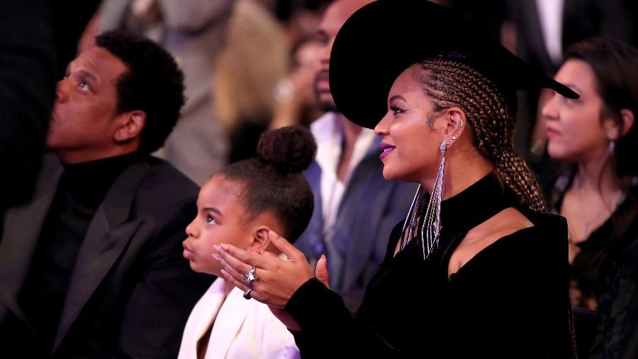 Blue Ivy e Beyoncé na plateia do Grammy 2018 Imagem: Getty Images