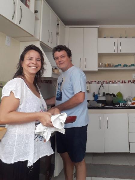 A produtora cultural Brenda Medeiros e seu marido, o servidor público Fred Wiering