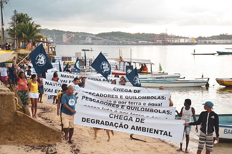 """""""O mar tem dono. Iemanjá para a gente é referência. O desenvolvimento humano está matando as pessoas, mas também nossos ancestrais"""" , aponta a pescadora e líder da comunidade Porto dos Cavalos - APP/Bahia"""