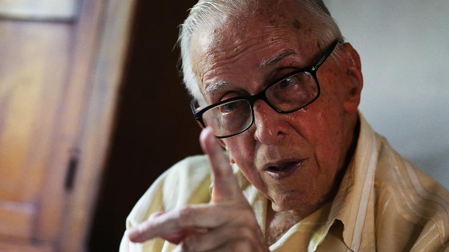 Dom Pedro Casaldáliga, bispo católico radicado no Brasil desde 1968 (Foto: Jorge Araujo/Folhapress)