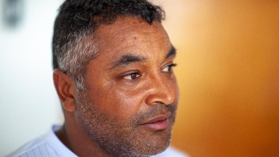 Roger Machado durante entrevista no novo CT do Bahia, em Salvador Imagem: Darío Guimarães Neto/UOL