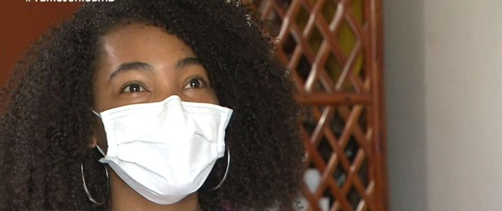 Estudante negra é convocada após denunciar e provar fraudes em sistema de cotas sociorraciais da Ufba: 'Serei a 1ª médica da família' (Foto: Reprodução/TV Bahia)