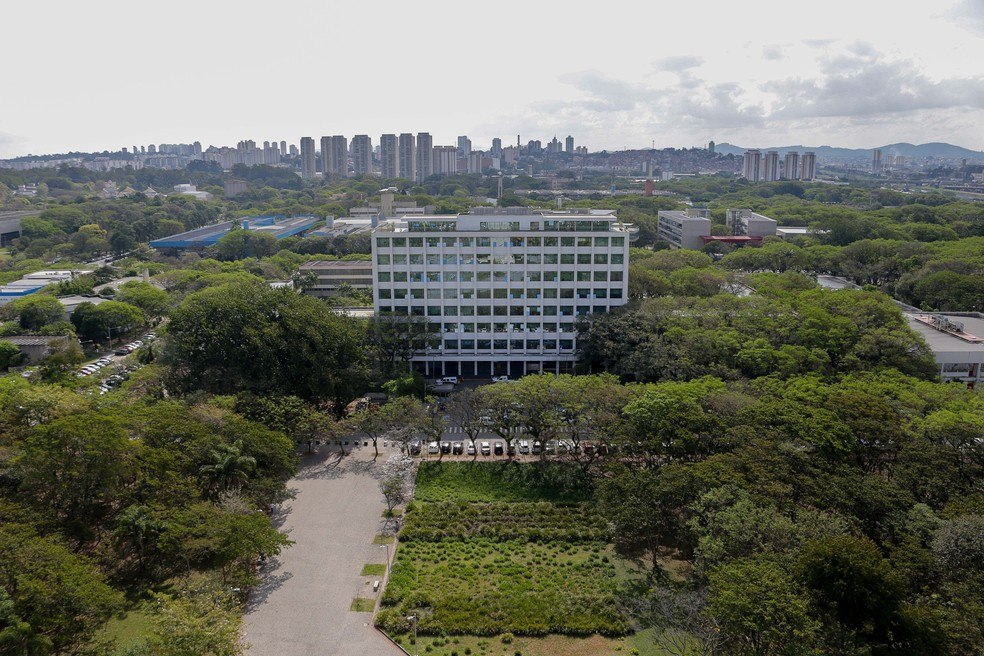 Vista da Praça do Relógio e Prédio da Reitoria da Universidade de São Paulo — Foto: Marcos Santos/USP Imagens