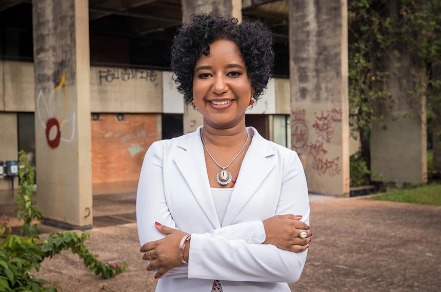 A pesquisadora Ana Flávia Magalhães Pinto no Instituto Central de Ciências (ICC), da Universidade de Brasília (Foto: Arquivo Pessoal)