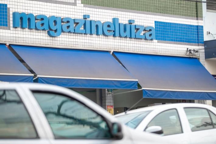 Fachada de loja da Magazine Luiza, em São Paulo. Foto: Daniel Teixeira/Estadão