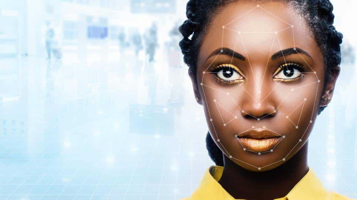 Reconhecimento facial em negros (Imagem: iStock)