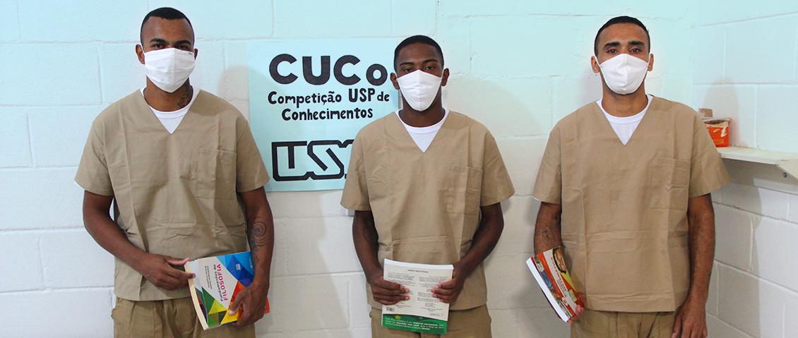 Reeducandos da Penitenciária de Parelheiros, zona sul de São Paulo, fazem a prova da Competição USP de Conhecimentos (CUCo) - Foto: Caio Daniel / Divulgação SAP.