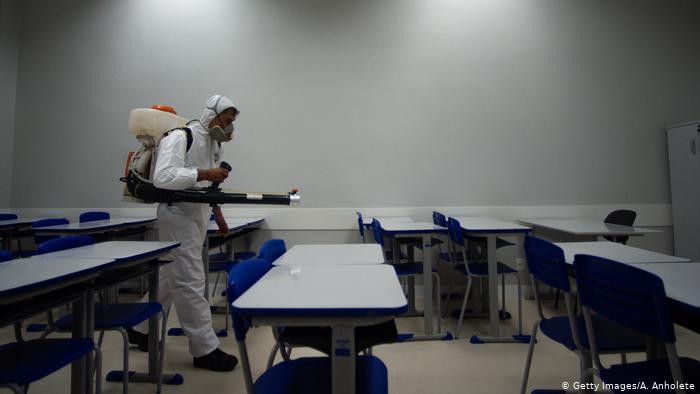 """""""Desigualdades educacionais já existiam antes da pandemia e foram acirradas neste ano"""", aponta pedagoga (Foto: Getty Images/A. Anholete)"""