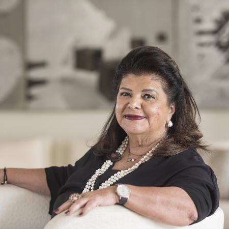 Empresaria Luiza Trajano em seu apartamento no bairro Jardim Paulista, em São Paulo (Foto: Eduardo Knapp/Folhapress)